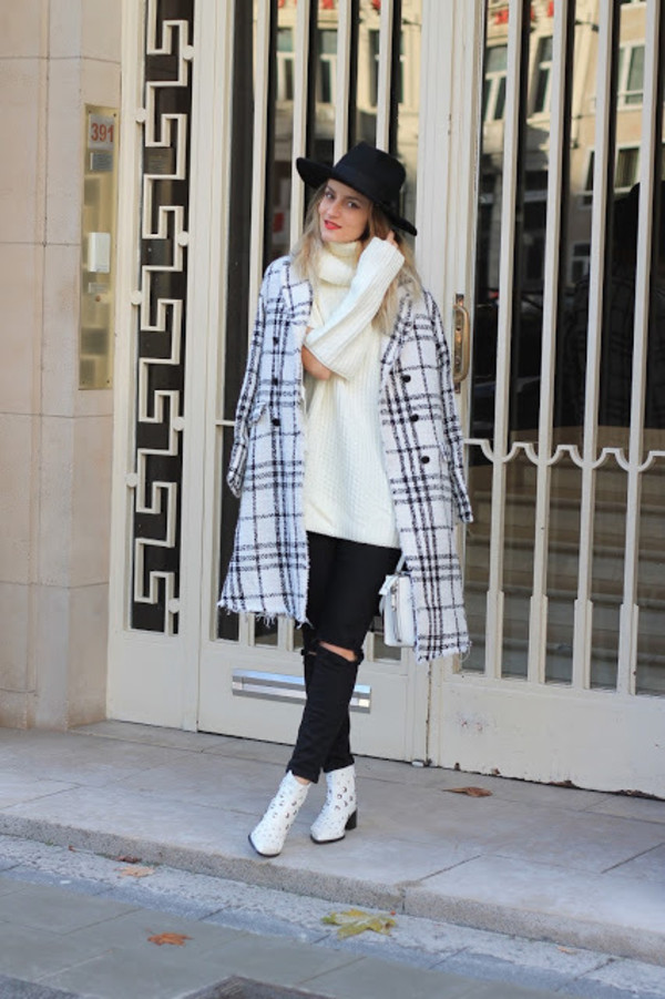 from brussels with love blogger sweater jeans shoes bag coat hat