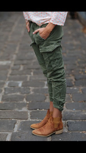 shoes,chelsea boots,suede boots,fall boots,booties,jeans,pants,skinny pants,cargo pants,khaki pants