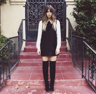 dress cute on point clothing style indie 70s style winter outfits tumblr boho boho chic christmas black white pursenboots hair/makeup inspo hair trendy fashion boots black boots girly vintage girly wishlist tumblr outfit tumblr girl