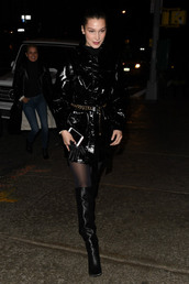 shoes,boots,ny fashion week 2018,streetstyle,model off-duty,all black everything,trench coat,coat,vinyl,bella hadid
