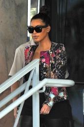 sunglasses,celine,kim,kardashians,kim kardashian,sunnies,balck,cat sunglasses,jacket,cardigan