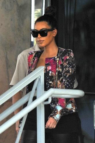 sunglasses celine kim kardashians kim kardashian sunnies balck cat sunglasses jacket cardigan