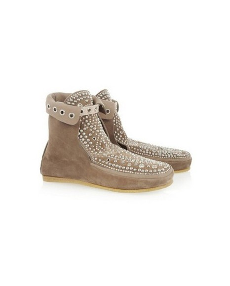shoes taupe style fashion look moccasins moccasin boots camel studded shoes studs studded boots sneakers chaussures strappy shoe boots strappy shoes kcyshoes celebrity shoes fashion shoes famous suede flats shoes