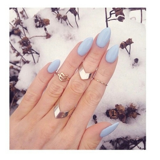 jewels jewelry jewelry ring jewelry rings nails gold ring gold cute rings jewelry store online accessories accessory accessories style tumblr blogger trendy style stylish pretty cute beautiful blue nails cute nails on point clothing blue wedding accessory