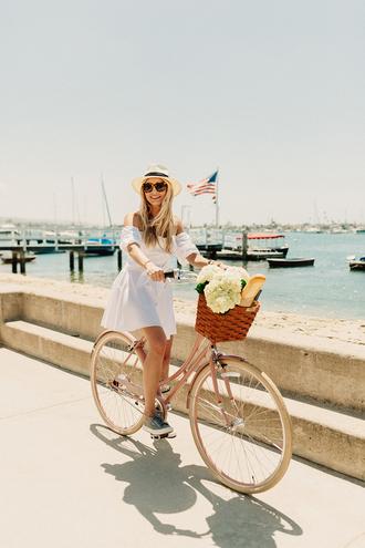 modern ensemble blogger dress shoes sunglasses jewels hat