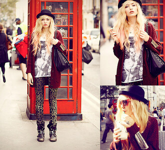 jeans clothes streetstyle fall outfits leapord leapord print black gold red burgundy burgundy cardigan cardigan knitted cardigan oversized cardigan long cardigan graphic tee graphic tank top t-shirt boyfriend tshirt shirt combat boots studded shoes winter boots blonde hair city outfits winter outfits cute outfits cute outfit shoes top