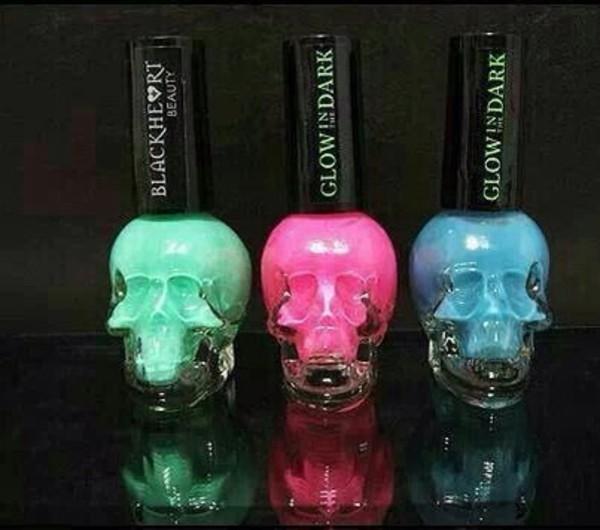 nail polish mint glow in the dark in the dark skull