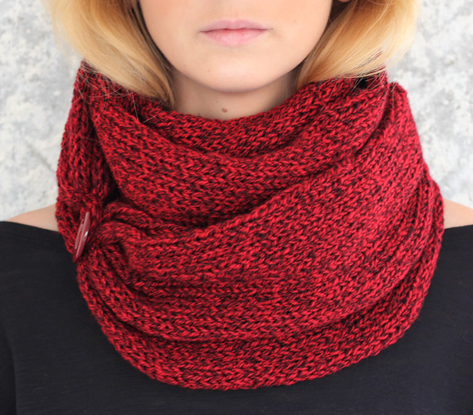 Knit Scarf with button, infinity scarf, circle scarf, loop ...