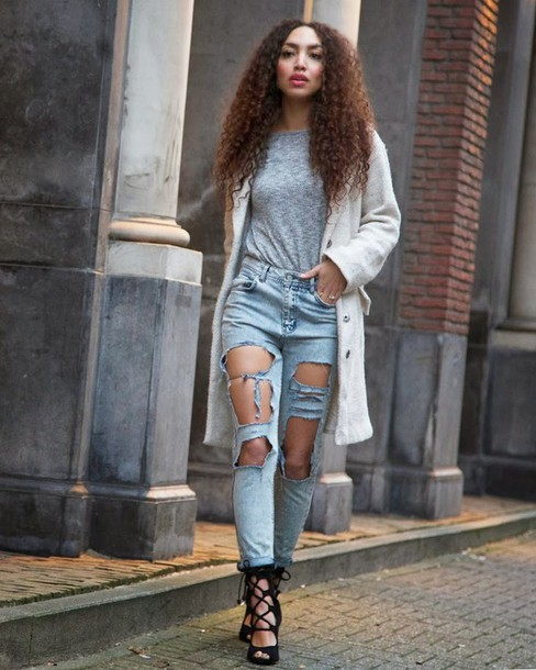 from hats to heels blogger ripped jeans grey t-shirt white coat strappy sandals