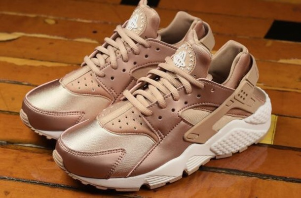 shoes huarche rose gold huarache rosegold fashion tumblr nike nike shoes  nike shoes for women