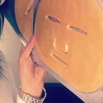 make-up gold rings kimono mask perfecto