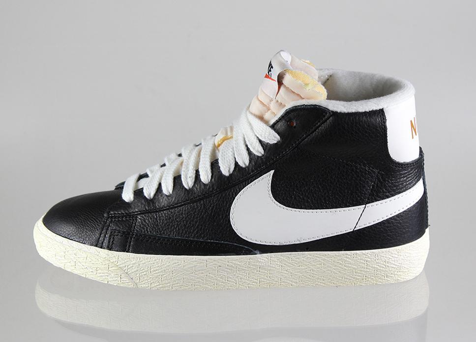 Nike wmns blazer mid leather vintage (black / sail