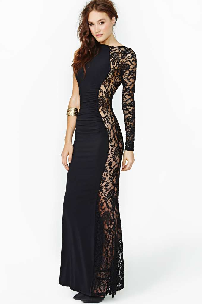 Unforgettable Lace Maxi Dress at Nasty Gal
