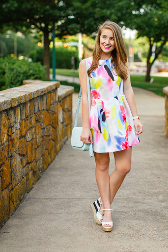 a lonestar state of southern blogger shoes jewels summer dress white dress shoulder bag wedges white heels
