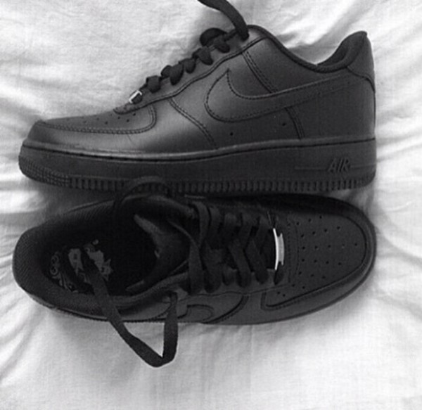 Air Force 1 Black Low On Feet