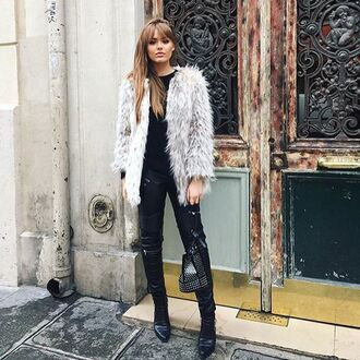 coat storets kayture kristina bazan faux fur faux fur jacket faux fur coat fur coat winter coat fashion blog blogger top blogger lifestyle blogger chic celebrity style