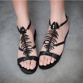 shoes,unique design,black,fish bone,flat