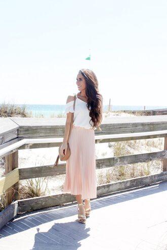 sunshine&stilettos blogger romper jewels hat shoes dress bag top pleated skirt pink skirt shoulder bag sandals spring outfits