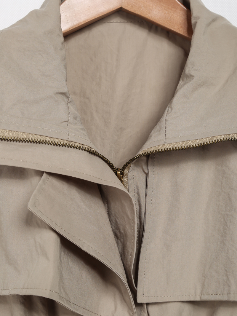 Khaki Lapel Sleeveless Pockets Outerwear - Sheinside.com