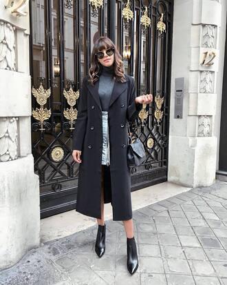 top tumblr grey top turtleneck grey turtleneck top skirt mini skirt coat black coat boots black boots ankle boots sunglasses