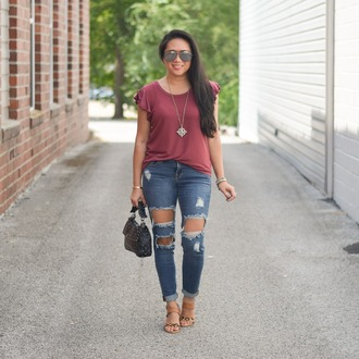 morepiecesofme blogger sunglasses jewels bag top t-shirt shoes sandals ripped jeans fall outfits