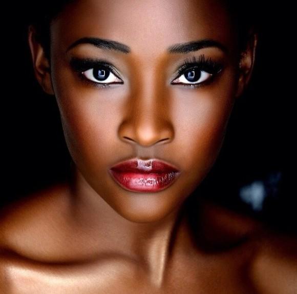 beauty make-up lipstick model red dress red lipstick earrings eye eyes make up eye makeup eyelashes