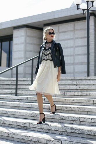 the classy cubicle blogger dress shoes jacket bag sunglasses