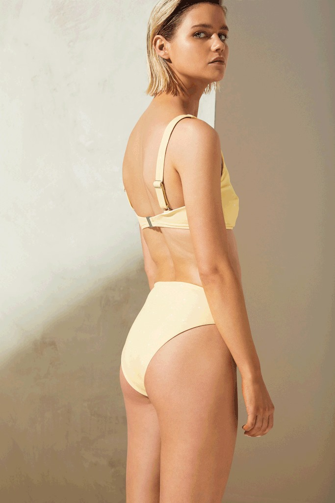 Curve Bra Cup Bikini