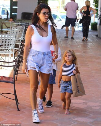 shorts cut off shorts sneakers kourtney kardashian tank top white sunglasses cute summer outfits