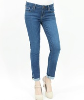 jeans,ankle jeans,washed,cute oufit,cute outfits,style,stylish,fashionista,trendy,denim,denim jean,skinny jeans,cuffed