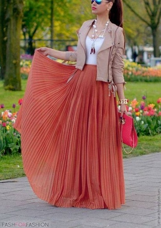 skirt leather orange white tank top maxi skirt jacket leather jacket maxi top tan khaki girly jewelry clutch handbag bag purse accessories sunglasses white lace tank top pleated skirt pleated maxi long skirt flowy fashion summer outfits spring outfits spring look lookbook jewels