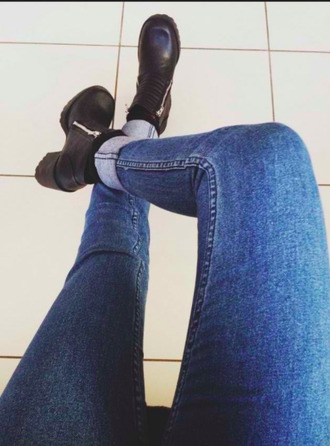 shoes ankle boots leather boots black leather boots black high heel boots jeans shirt boots dark black leather heels chunky high heeled chelsea boots platform shoes vans beautiful black high heels high heels blue jeans zip black boots black boots leather