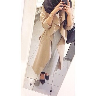coat shoes bag dress phone scarf