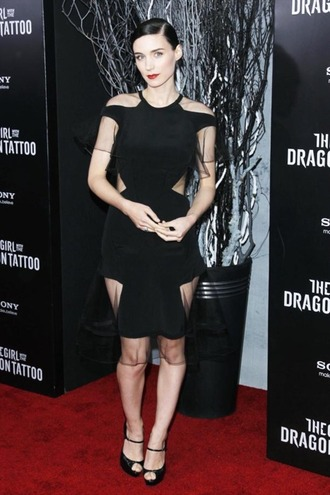 black dress rooney mara dress