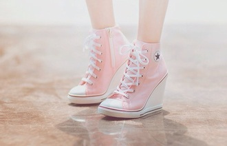 shoes pink shoes cute hair accessory leggings jacket