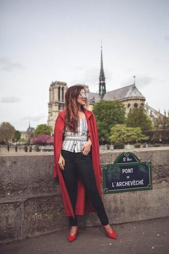 elodie in paris blogger coat top shoes red coat red shoes spring outfits