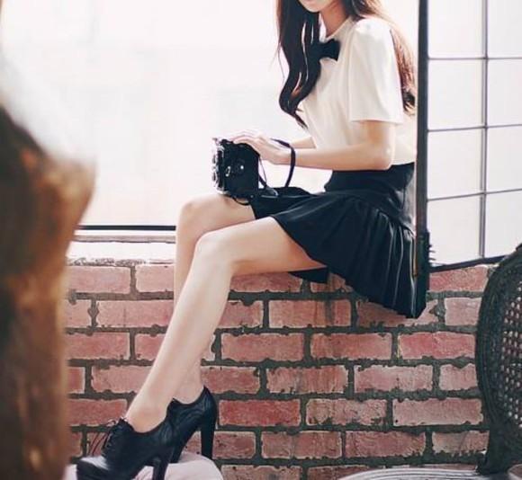shoes boots black autumn shoes black shoes girly elegant lace shoes shoelaces high shoes black boots preppy