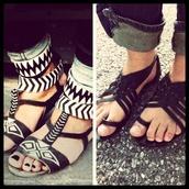 shoes,black,white,sandals,gladiators,aztec,cute,boho,edgy,flat sandals,black sandals