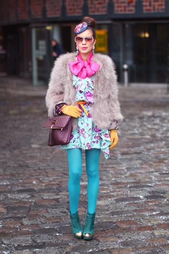 macademian girl coat jewels dress bag shoes sunglasses belt scarf