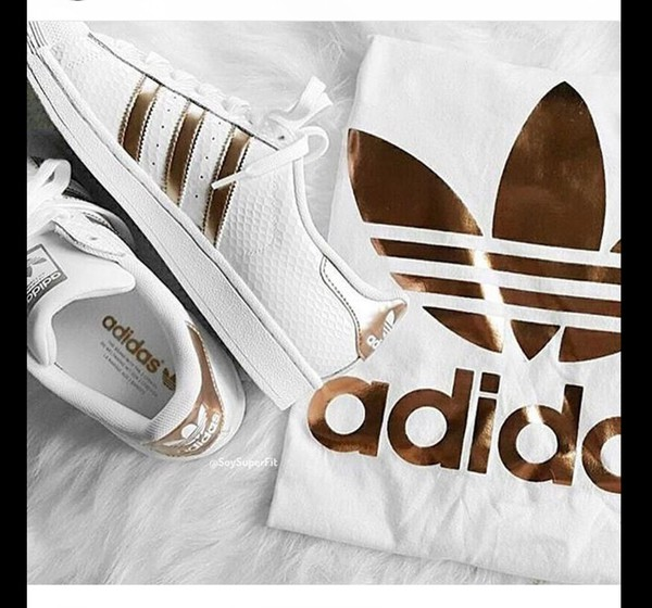 adidas superstar white and rose gold stripes los granados. Black Bedroom Furniture Sets. Home Design Ideas