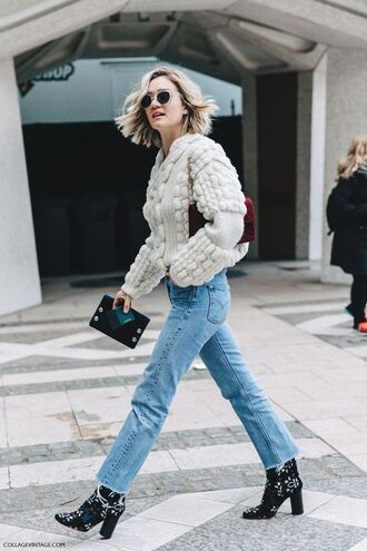 shoes printed boots boots high heels boots jeans cropped jeans frayed denim frayed jeans light blue jeans blue jeans denim sweater nude sweater sunglasses bag burgundy bag fall outfits streetstyle