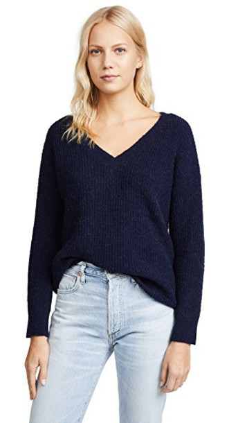 BB Dakota sweater boyfriend sweater boyfriend