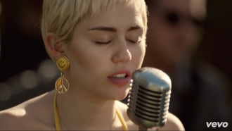 gold earrings miley cyrus smiley peace sign yellow