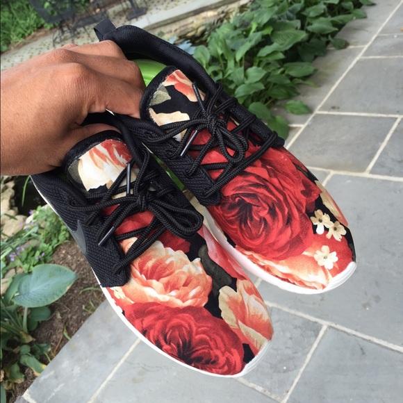 1fb15695cca32 41% off Nike Shoes - Custom