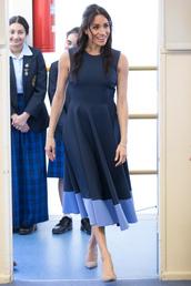 dress,navy,navy dress,midi dress,pumps,meghan markle,celebrity