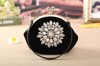 bag bags and purses women shoulder bags handbag clutch party party outfits pretty prom beauty girl bridesmaid bra wedding our favourite style women celebrity style celebrity outfit