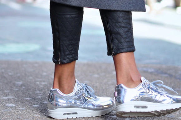 silver sparkling shoes nike air max air max foot nike air max 90