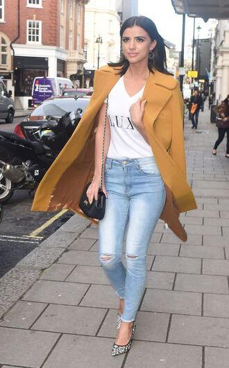 top denim pumps mustard coat fashion week 2016 streetstyle lucy mecklenburgh london fashion week 2016
