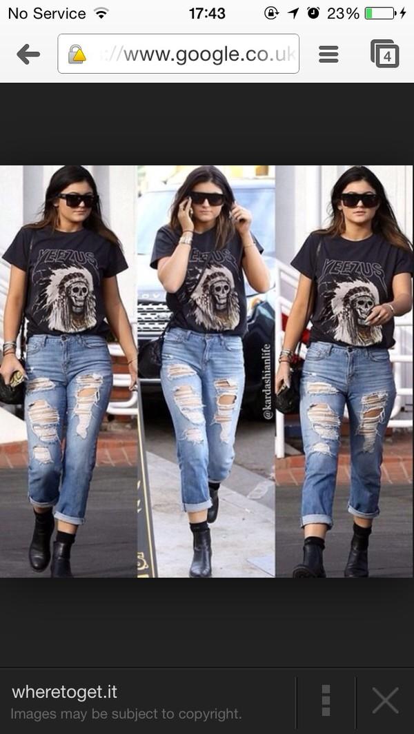 t-shirt kylie jenner tour yeezy kardashians top yeezus jeans shirt