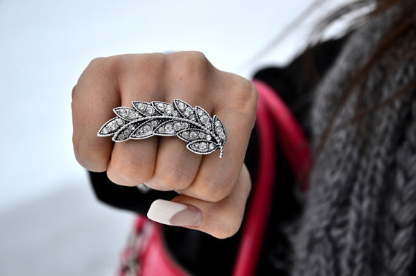 jewels jewerly jewels ring leaves diamonds bling